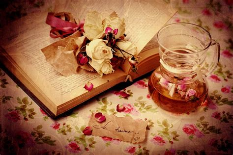 roses books je t aime book dried roses flowers i you pitcher