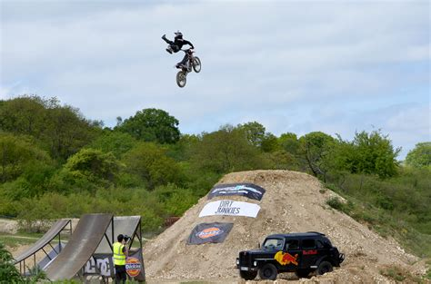 freestyle motocross uk dirt junkies uk freestyle motocross series