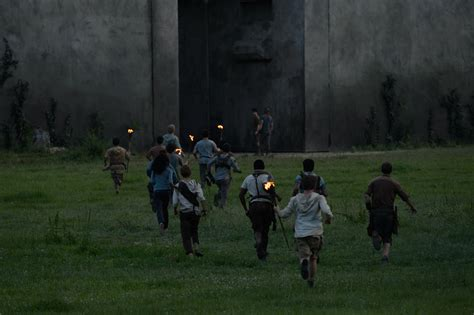 maze runner fan film the maze runner review film stars dylan o brien collider
