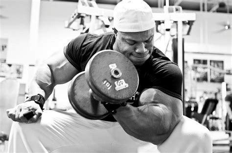 phil heath bench press phil heath workout schedule diet chart photos and video