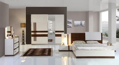 schlafzimmer komplett mit aufbau komplett schlafzimmer need luxus stilm 246 bel inkl