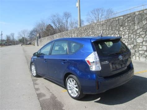 2013 Toyota Prius Mpg Sell Used 2013 Toyota Prius V Package 5 Navigation Leather