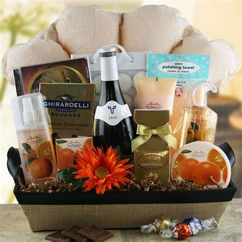 Bathroom Gift Basket Ideas | pin by cheryl bassett realtor on gifts products i