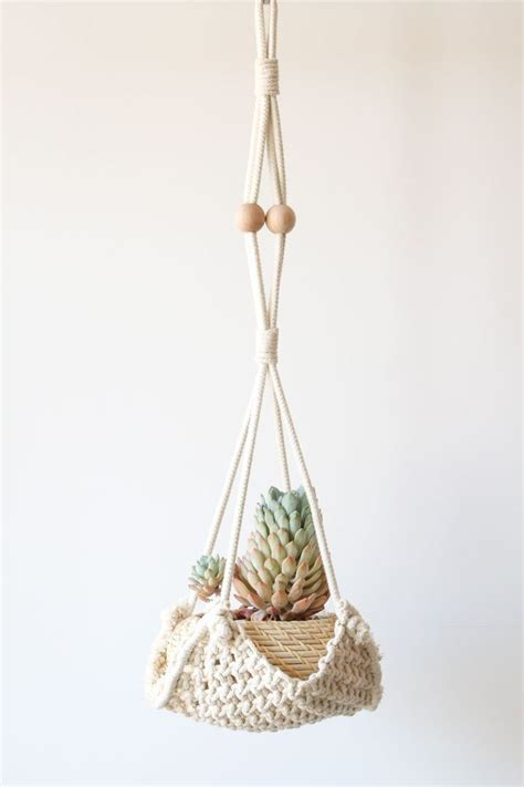 Macrame Planter Patterns - 1000 ideas about macrame plant hangers on