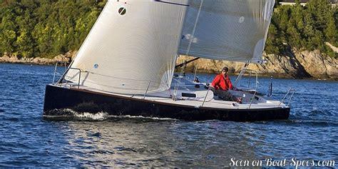 j boats shoal draft j 100 shoal draft j boats sailboat specifications and