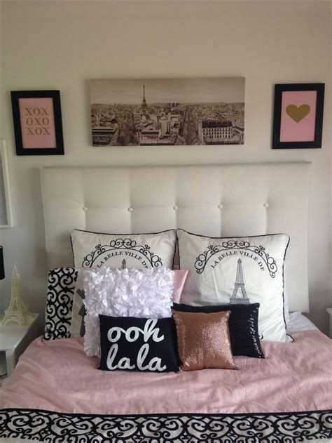 parisian bedroom best 25 girls paris bedroom ideas on pinterest paris