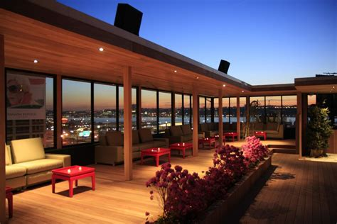 Roof Top Bars by 4 Rooftop Bars In Nyc To Kick Fourhundred Media