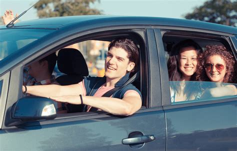 How to Prepare a Teen for Safe Driving