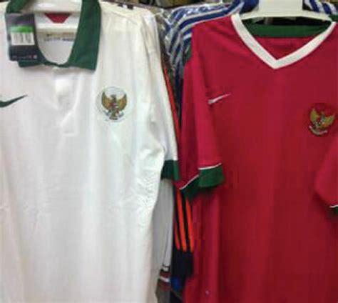 Jersey Lokal Timnas Indonesia Away Putih Kerah Hijau Premium 1 bocoran resmi jersey indonesia home away kit 2014 2016 alfido