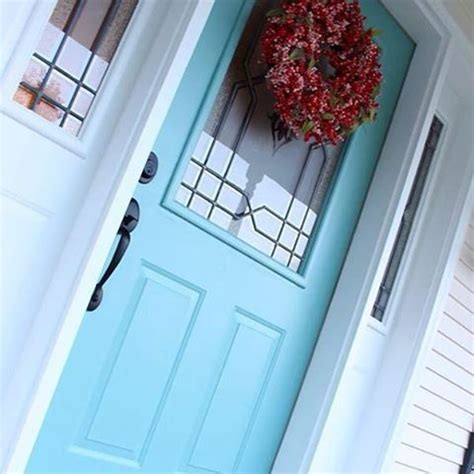 light airy drizzle sw 6479 welcomes your guests with a pop of color fabulous paint colors