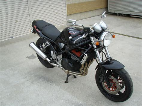 Suzuki Bandit 400 Specs Suzuki Bandit 400 Photos Photogallery With 5 Pics