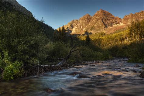 Naura Maroon explore the maroon bells what you need to colorado