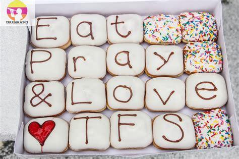 Krispy Kreme Donut Giveaway - blog giveaway personalized krispy kreme joyinabox