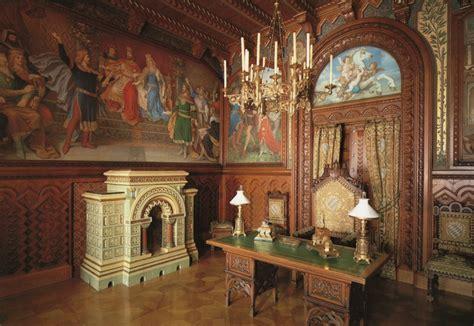 Corridor Kitchen Design by Neuschwanstein Castle