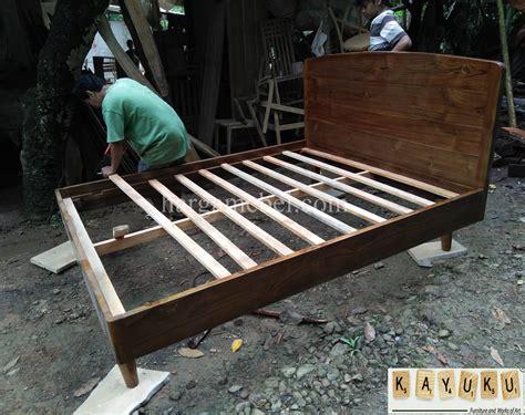 Tempat Tidur Minimalis Dipan Minimalis dipan minimalis dari kayu jati