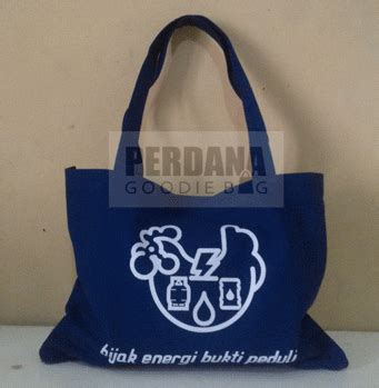 Tas Pouch Tote Bag Belacu Blacu Kanvas Winnie The Pooh tote bag biru kanvas tas kanvas tas blacu perdana goodiebag