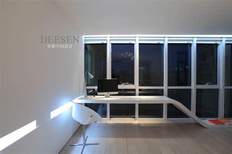 Office With Window Office With Modern Desk Symmetrical Glass Window Wall