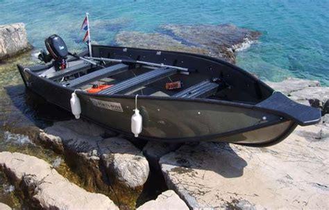 fiberglass boat repair alberta e36ac4e404688dc233515279d15eca77 jpg 600 215 384 pixels