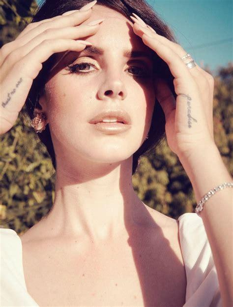 lana del rey hand tattoo tattoologist