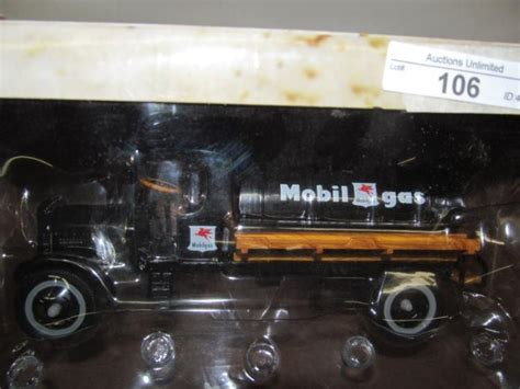 Mobil Polisi Die Cast Vehicle 106 1931 kenworth mobil gas die cast tanker truck in box