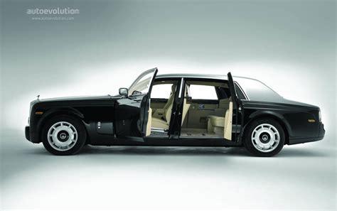 how can i learn about cars 2005 rolls royce phantom security system rolls royce phantom ewb specs 2005 2006 2007 2008 2009 autoevolution