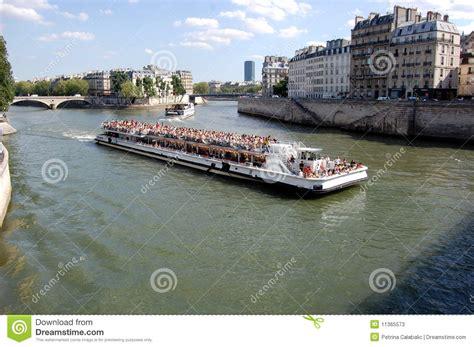 boat tour of paris boat tour paris stock photos image 11365573