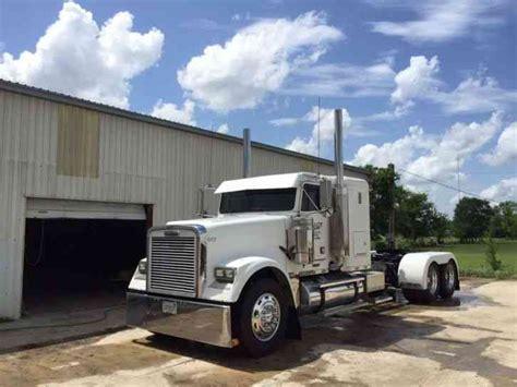 Semi Truck Condo Sleeper by Freightliner Coe Condo 1990 Sleeper Semi Trucks