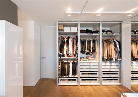 custom made wardrobes with modular setup and components