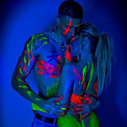 glow in the paint ideas uv paint uv paint