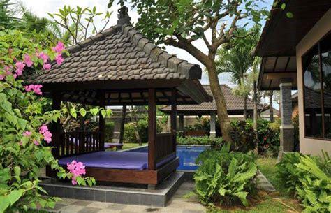 desain pergola minimalis 60 desain gazebo minimalis bambu dan kayu desainrumahnya com