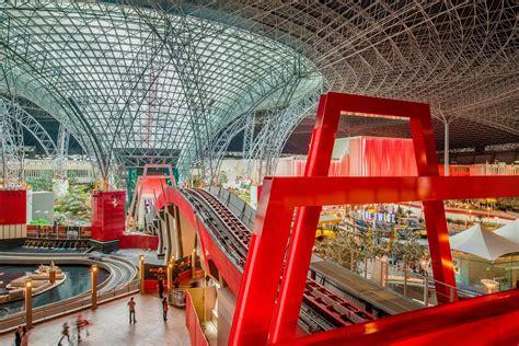 Ferrari Abu Dhabi Achterbahn by Ferrari World Abu Dhabi Opens Turbo Track Rollercoaster In
