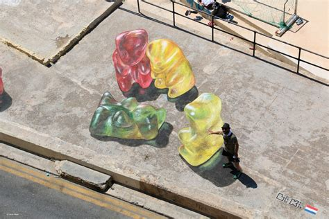 3d paintings leon keer 3d street art in malta i support street arti
