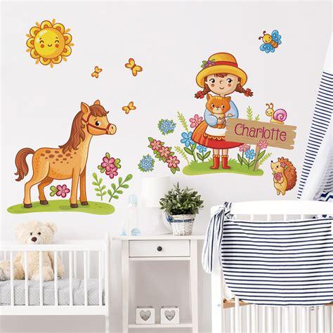 Wandtattoo Kinderzimmer Mit Wunschnamen by Kinderzimmer Wandtattoo Landm 228 Dchen Mit Wunschname