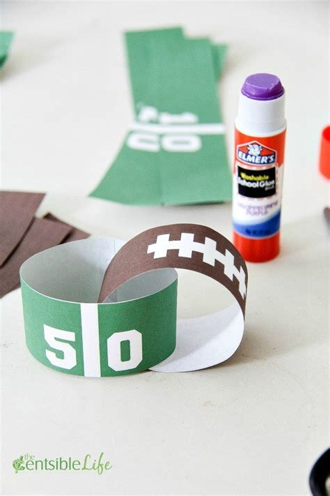 How To Make Paper Chains Without Glue - free printable day paper chain