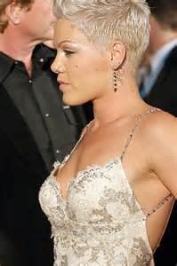 pinks new haircut 2015 1000 ideas about singer pink hairstyles on pinterest