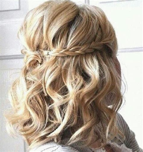 cute hair styles with the ends curled short curled hair beauty pinterest so cute simple