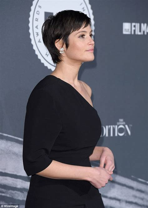 british hair cut images gemma arterton hits the red carpet at the british