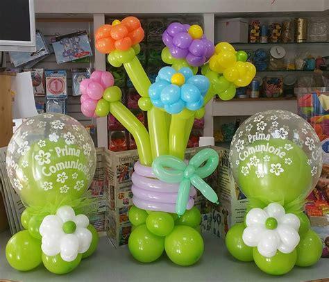 palloncini fiore comunione centrotavola di palloncini insider e mazzo di
