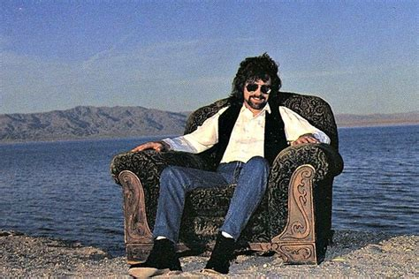 armchair theatre jeff lynne when jeff lynne finally released a debut solo album