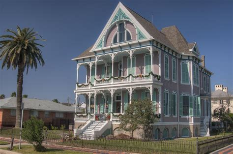 Galveston Houses by Photo 903 26 Gus Reymershoffer House 1887 At 1302