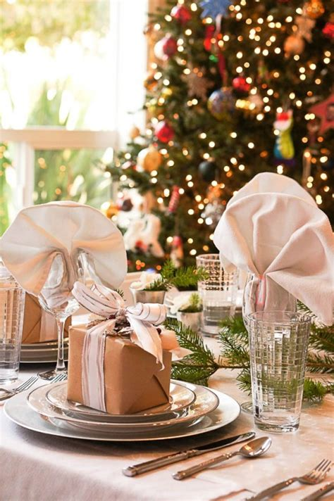 christmas table setting 35 christmas table settings you gonna love digsdigs