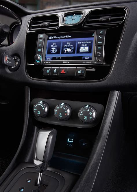 chrysler 200 special edition 2014 chrysler 200 reviews and rating motor trend