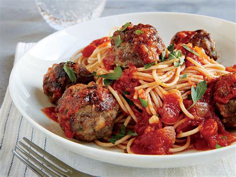 Spaghetti Meatballs Two Ways Beginner Expert by Spaghetti And Meatballs In Tomato Basil Sauce Recipe