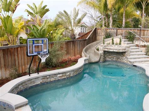 unbelievable backyards     pool kings