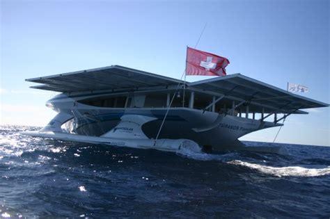 catamaran solar galapagos ms t 219 ranor planetsolar arrives in the galapagos islands