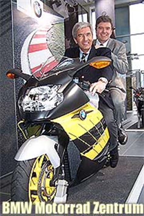 Bmw Motorrad M Nchen Frankfurter Ring by Gro 223 E Er 246 Ffnung Des Neuen Bmw Motorrad Zentrums Am