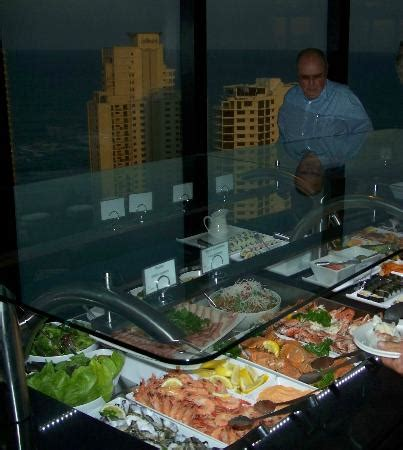 Crowne Plaza Four Winds Seafood Buffet Picture Of Four Winds Buffet