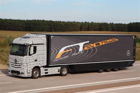 daimler future trucks autonomous trucks all set for 2025