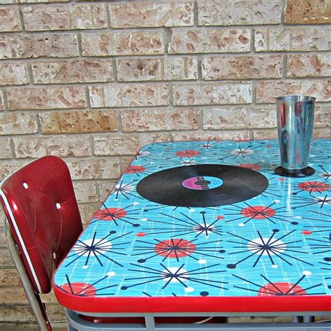 Decoupage Table Top With Fabric - how to refinish a dining table with fabric mod podge and