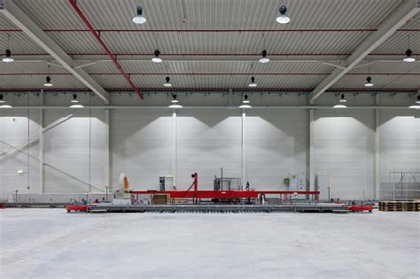 Beleuchtung Lagerhalle by Led Hallenbeleuchtung Bis Zu 90 Stromersparnis